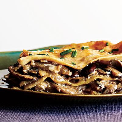 1201p92-mushroom-lasagna-l